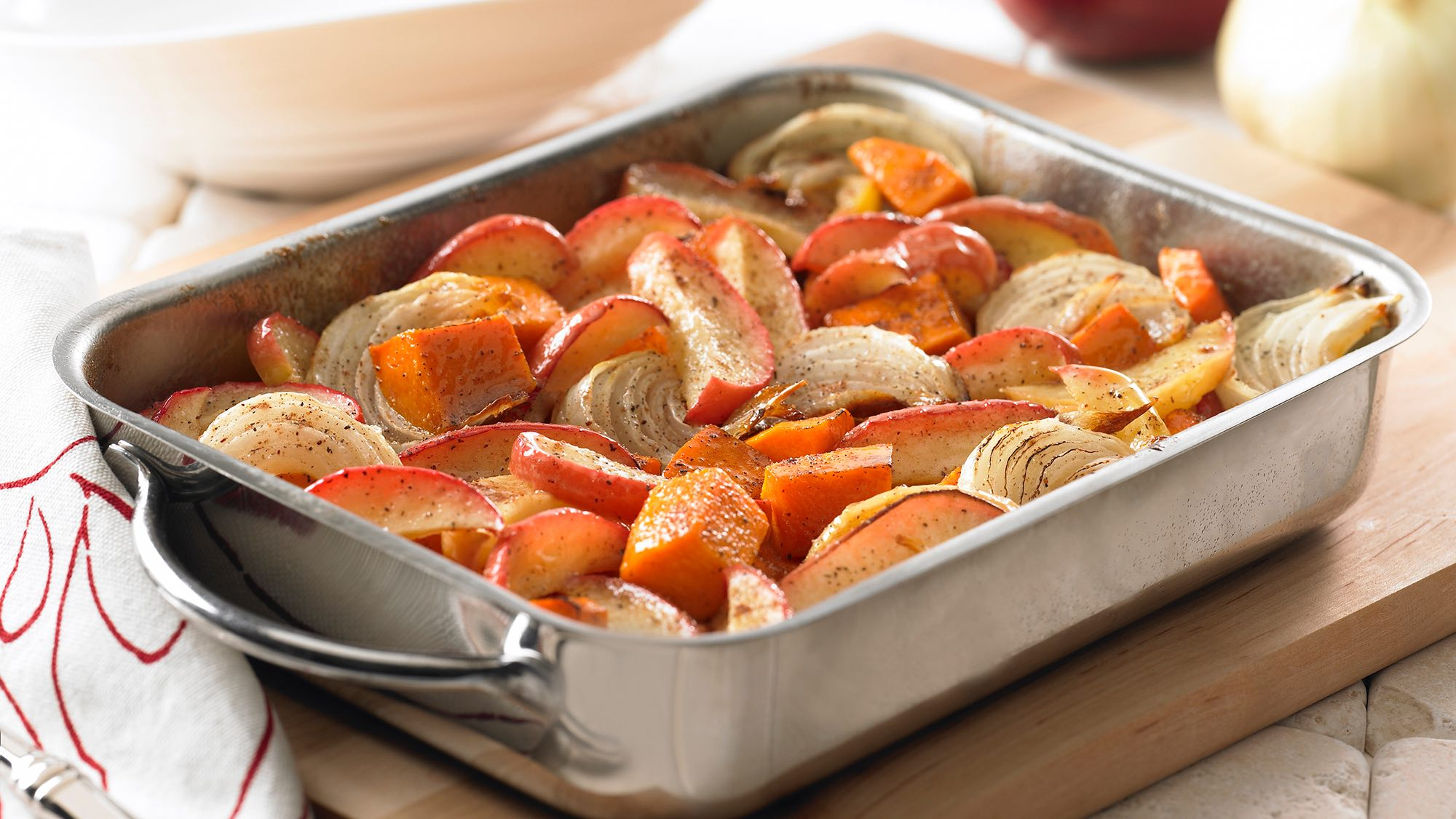 vanilla-glazed-roasted-squash-and-apples.jpg