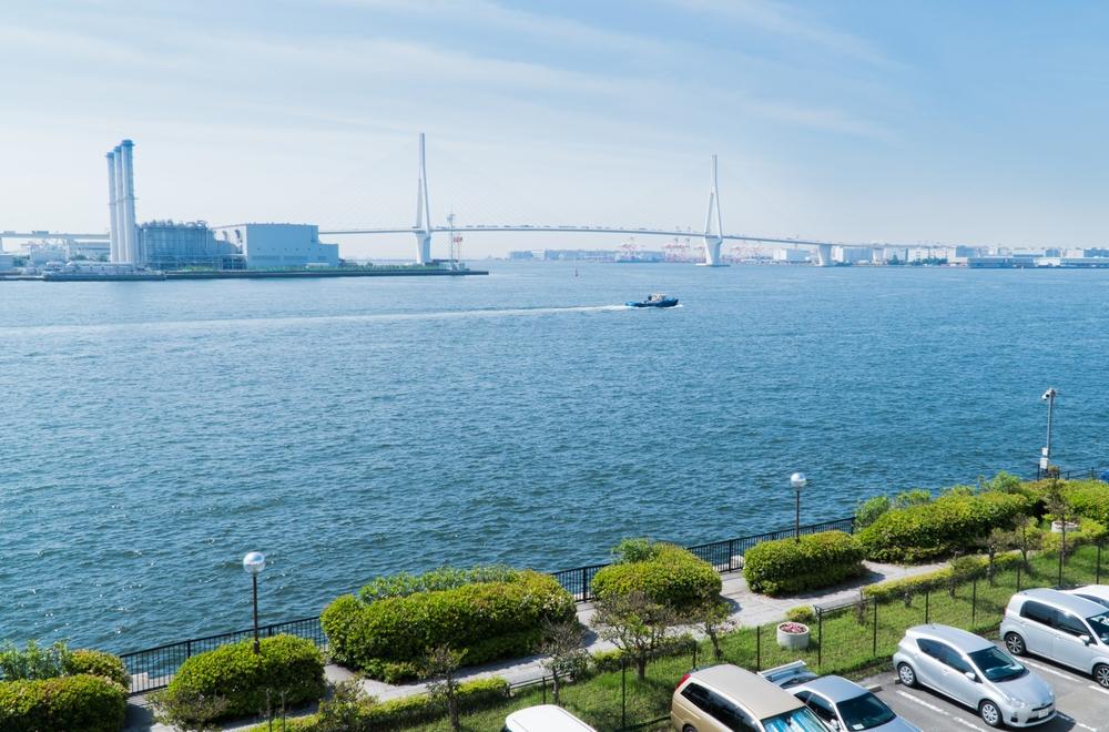 目の前には京浜運河が広がっている