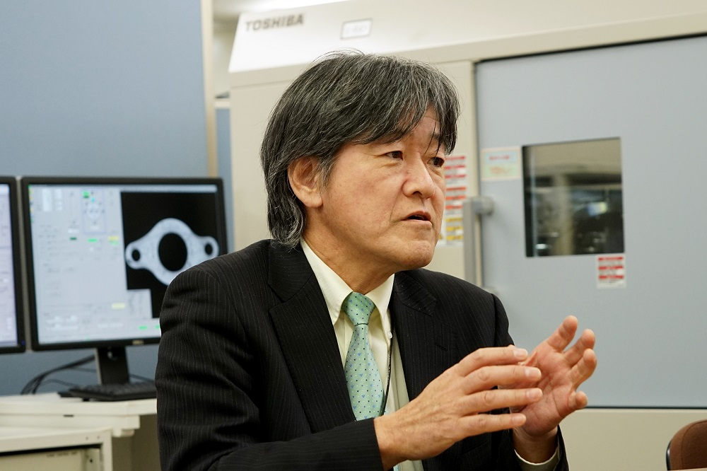 Hashimoto tells story of technological challenges
