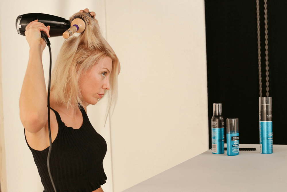 How to style fine hair John Frieda Luxurious Volume