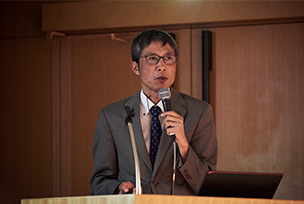 Photo : Ryuji Tanimura Group Leader Pharmaceutical Research Laboratory/Digital Life Science Group Toray