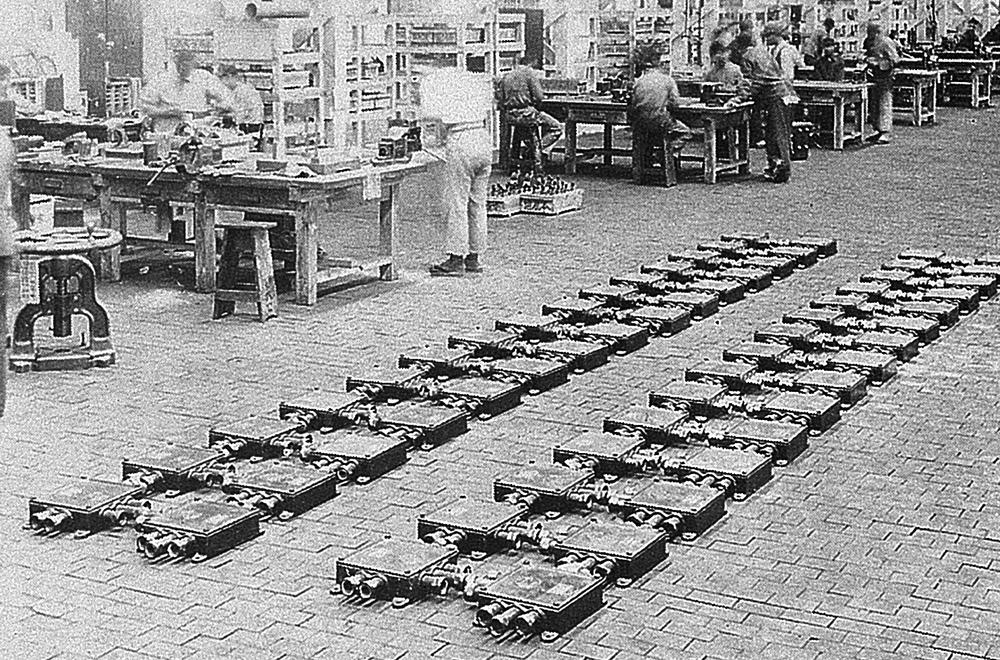 1941年に初出荷された南武鉄道向け電鉄用接続箱