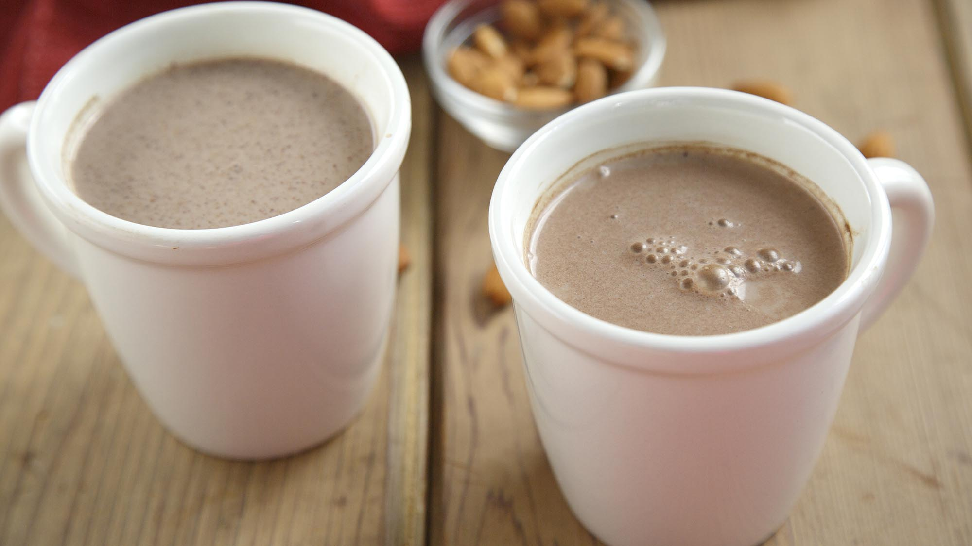 almond_hot_chocolate_2000x1125.jpg