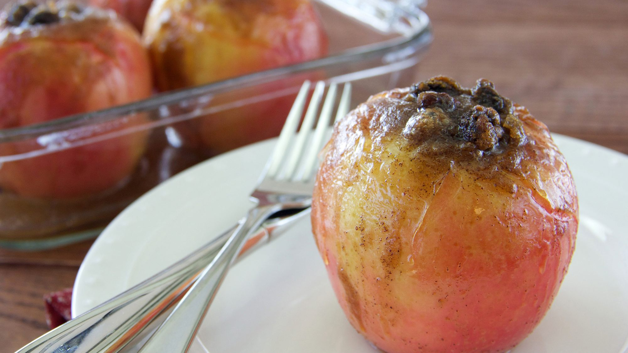 McCormick Baked Apples with Brown Sugar and Raisins