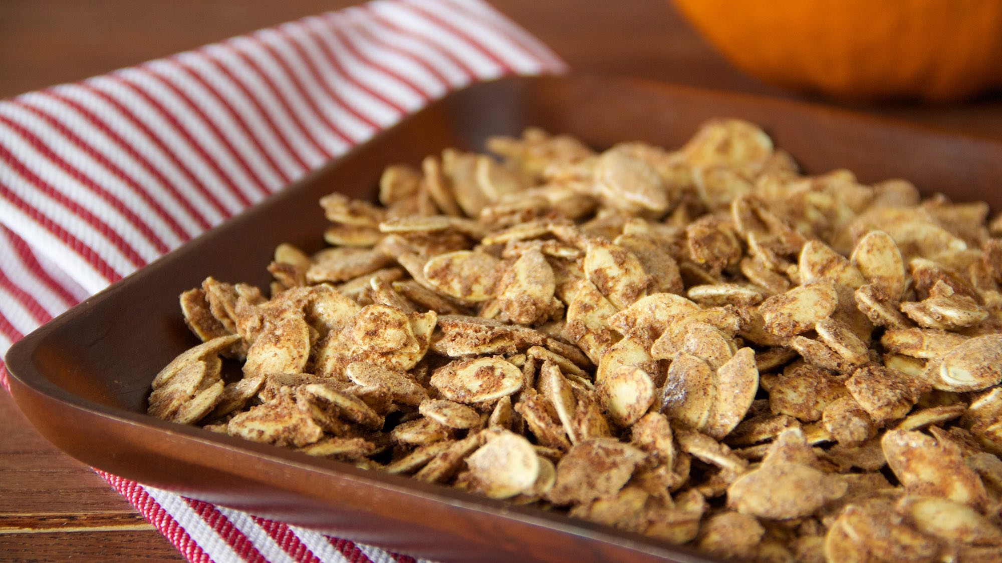 pumpkin-pie-spice-pumpkin-seeds.jpg