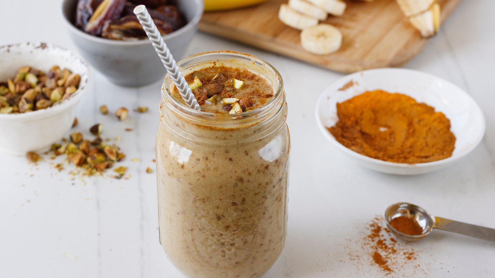 McCormick Gourmet Turmeric and Cinnamon Chocolate Banana Shake