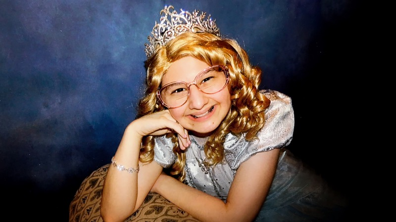 Gypsy Rose Blanchard wearing a tiara and a blonde wig from HBO's Mommy Dead and Dearest