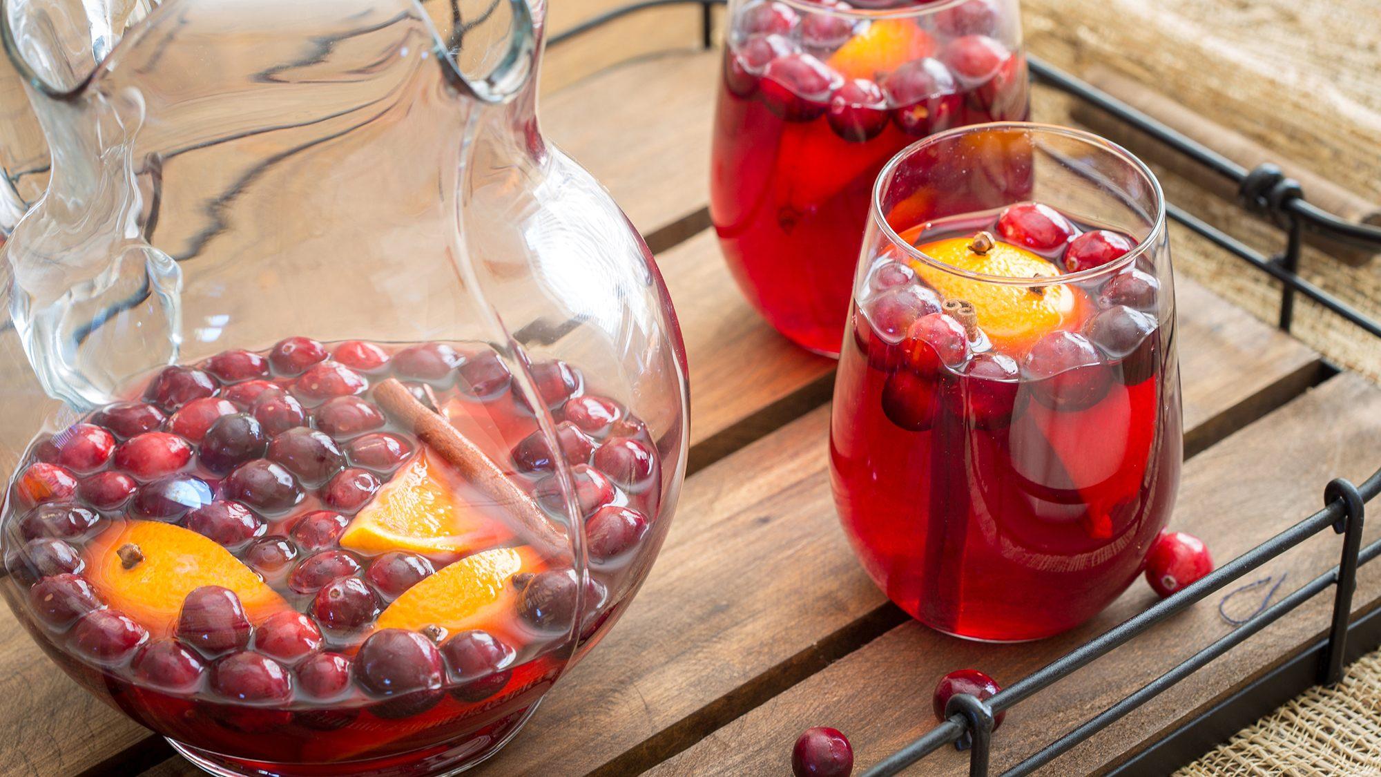 spiced-cranberry-sangria.jpg