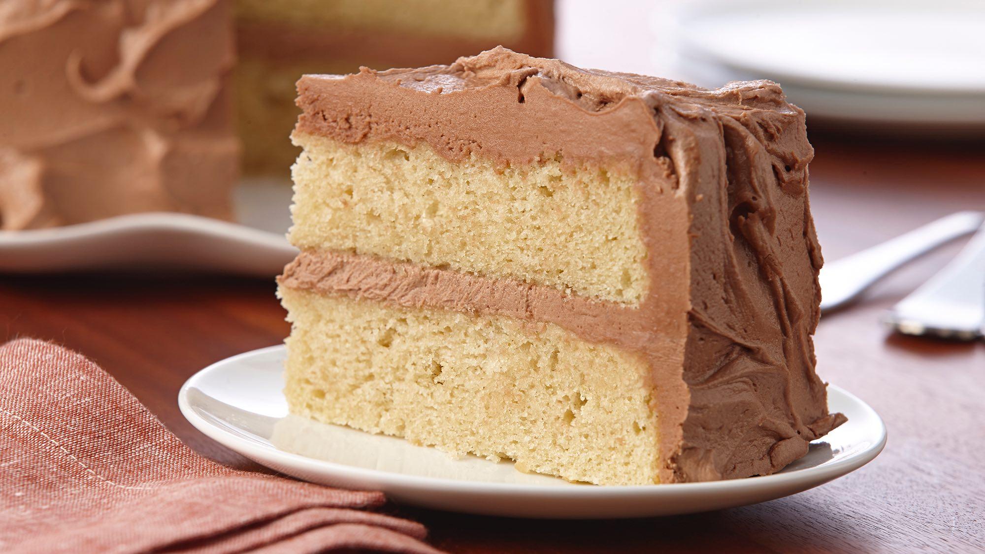 gluten-free-vanilla-cake-with-chocolate-frosting.jpg